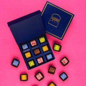 Book shape gift paper box for truffles